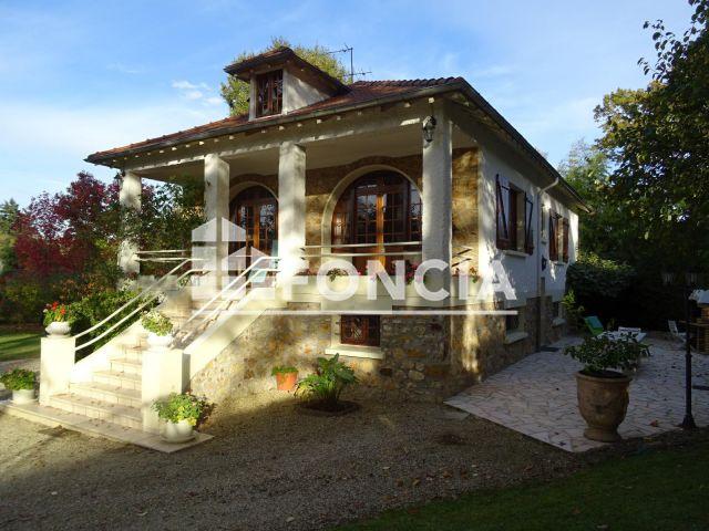 maison saint fargeau ponthierry ventana blog. Black Bedroom Furniture Sets. Home Design Ideas