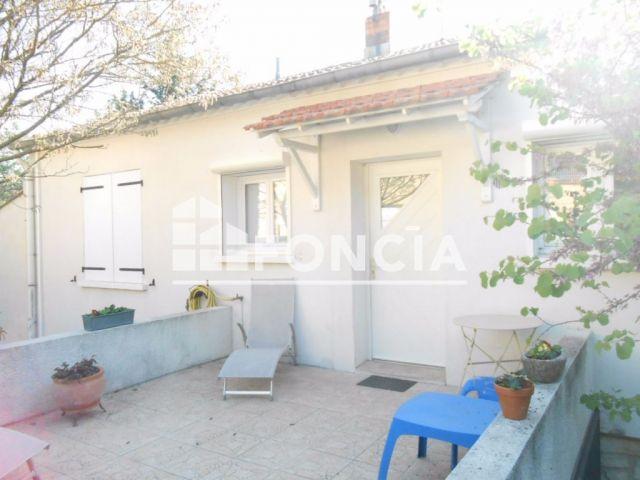 Maison 12 pi ces vendre nimes 30000 283 m2 foncia for Achat maison 30000 euros