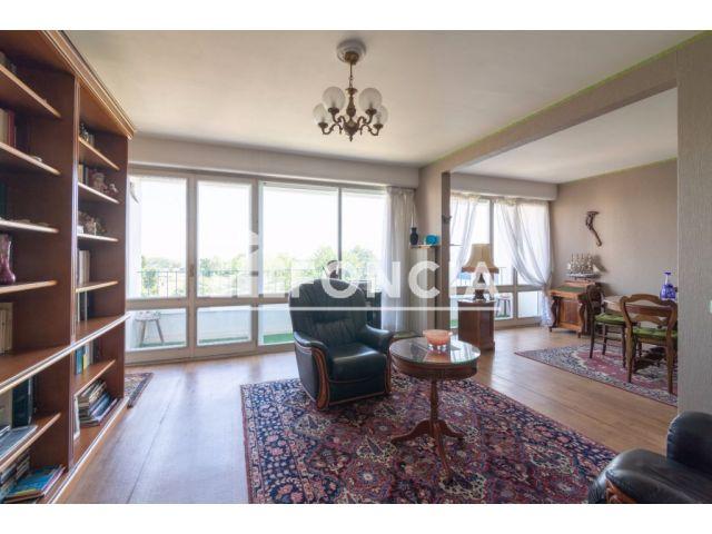 appartement 3 pi ces vendre la rochelle 17000 70. Black Bedroom Furniture Sets. Home Design Ideas
