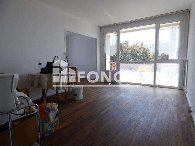 appartement 4 pi ces vendre caen 14000 76 m2 foncia. Black Bedroom Furniture Sets. Home Design Ideas