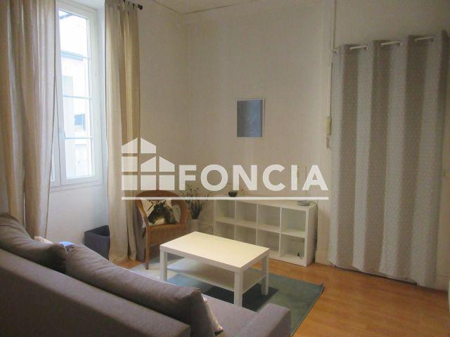 appartement meubl 1 pi ce louer pau 64000 m2 foncia. Black Bedroom Furniture Sets. Home Design Ideas