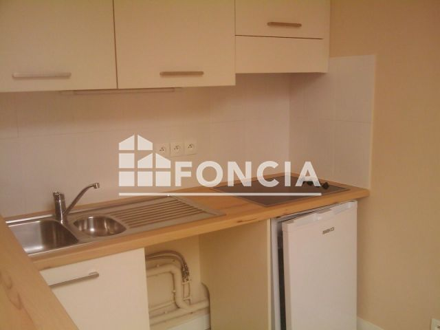 Appartement Meuble 1 Piece A Louer Saintes 17100 26 12 M2 Foncia
