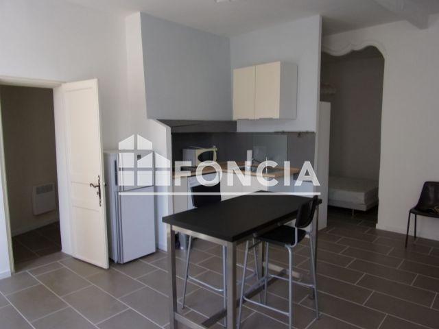 appartement meubl 1 pi ce louer arles 13200 m2 foncia. Black Bedroom Furniture Sets. Home Design Ideas