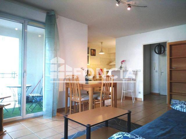 appartement meubl 2 pi ces louer aix en provence 13100 49 8 m2 foncia. Black Bedroom Furniture Sets. Home Design Ideas