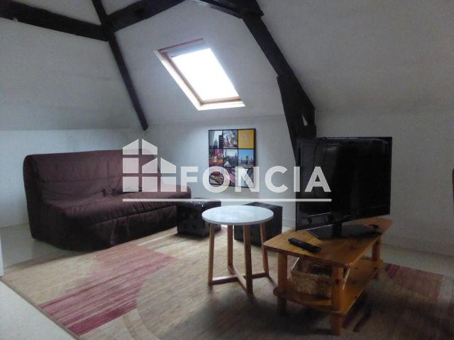 appartement meubl 1 pi ce louer laval 53000 m2 foncia. Black Bedroom Furniture Sets. Home Design Ideas