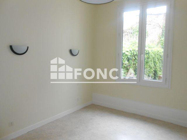 appartement 2 pi ces louer limoges 87000 m2 foncia. Black Bedroom Furniture Sets. Home Design Ideas