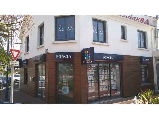 Agence immobili re saint gilles croix de vie 85800 for Agence foncia