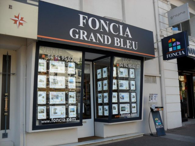 Agence immobili re saint rapha l 83700 foncia grand bleu for Agence foncia