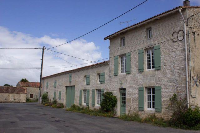 Achat immobilier beauvoir sur niort 79360 foncia for Achat maison niort