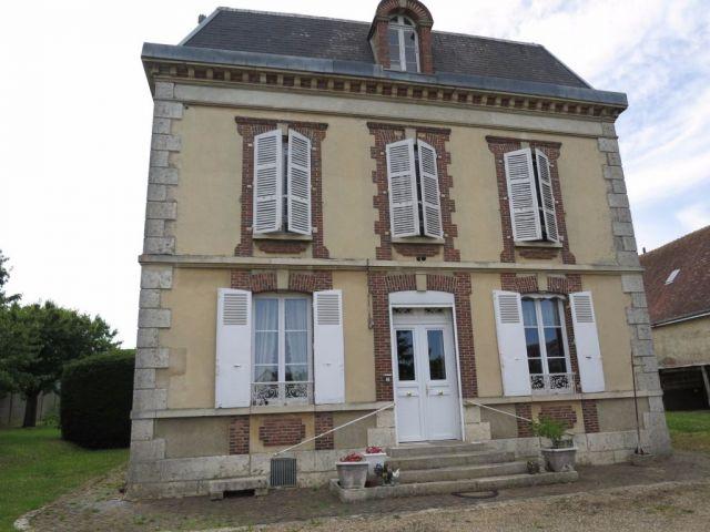 maison à vendre sur tremblay les villages