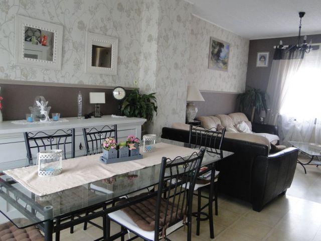 achat maison avec balcon terrasse arras 62000 foncia. Black Bedroom Furniture Sets. Home Design Ideas