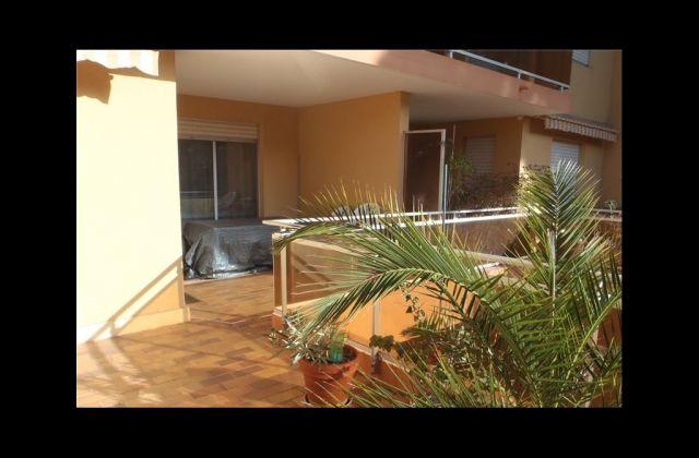 appartement à vendre sur port d'hyeres
