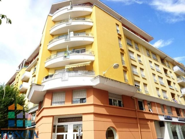 Agence immobili re nice 06000 foncia transaction 34 rue for Agence immobiliere 34