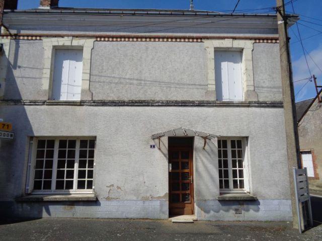 Maison à vendre sur Authon