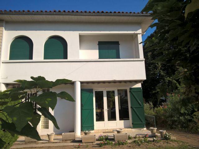 maison à vendre sur mont de marsan