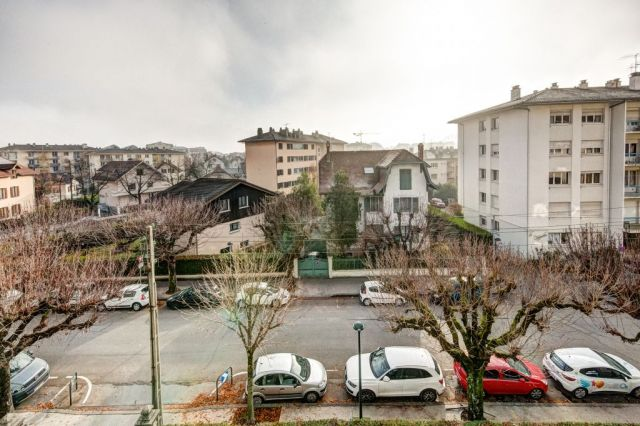 Achat appartement annecy 74000 foncia for Chambre de commerce annecy