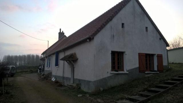 maison à vendre sur yvre le polin