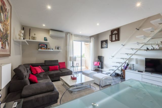 Appartement à vendre sur Saint Mitre Les Remparts