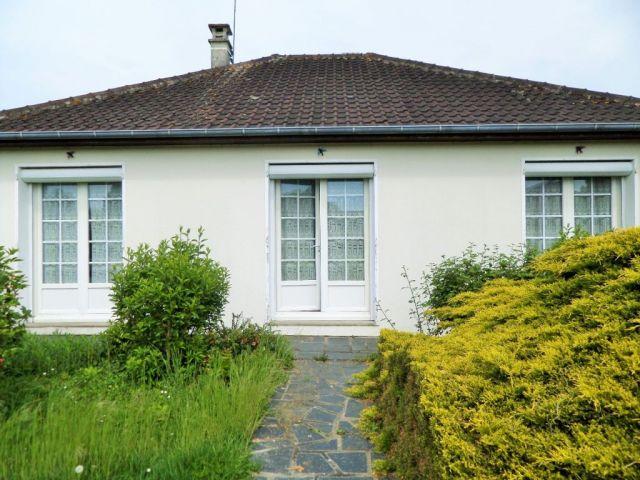 Achat maison avec terrain jardin connerre 72160 foncia for Achat maison jardin