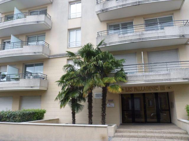Achat appartement bordeaux 33 foncia for Achat appartement bordeaux chartrons