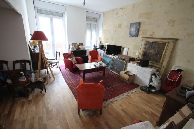 Agence immobili re bordeaux 33000 foncia transaction for Appartement bordeaux fondaudege