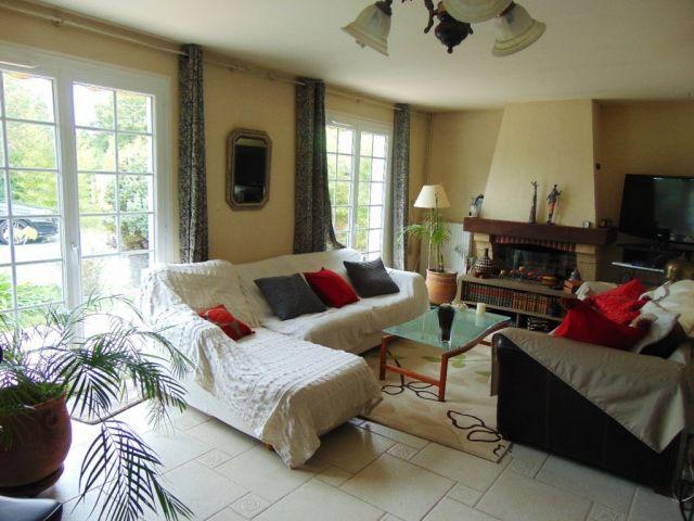 achat immobilier eysines 33320 foncia. Black Bedroom Furniture Sets. Home Design Ideas