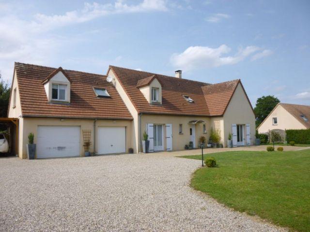 Maison à vendre sur Sainte Sabine Sur Longeve