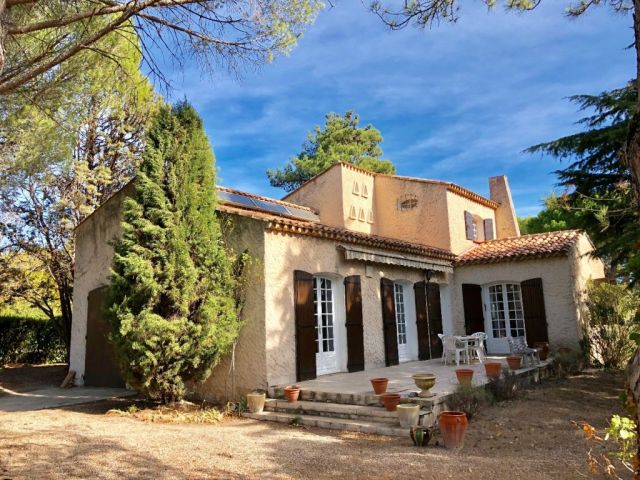 Achat maison avec balcon terrasse aix en provence 13 for Achat maison aix en provence