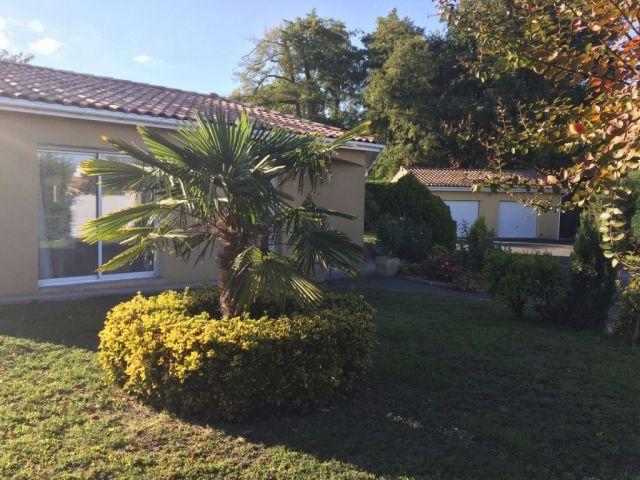 Maison à vendre sur Ambares Et Lagrave