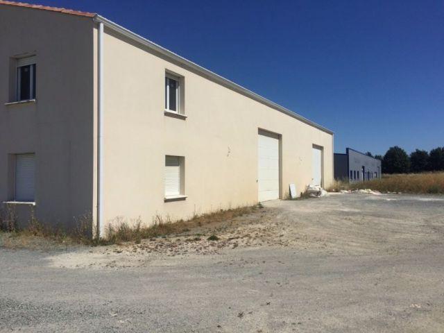 Immeuble à vendre sur Mougon