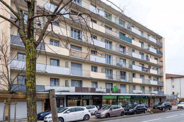 Achat appartement 3 pi ces thonon les bains 74200 foncia for Appartement atypique thonon les bains