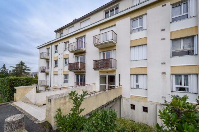 Appartement à vendre sur Saint Lambert Des Levees