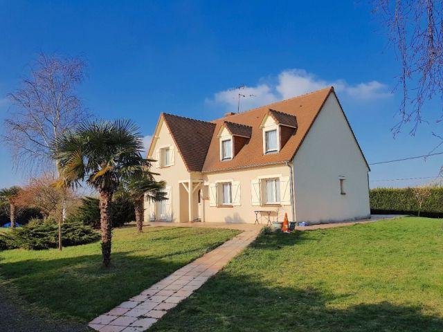 Achat maison avec terrain jardin connerre 72160 foncia for Achat maison avec jardin