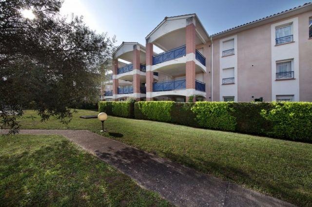 Achat appartement avec balcon terrasse albi 81000 foncia for Amenagement balcon terrasse appartement