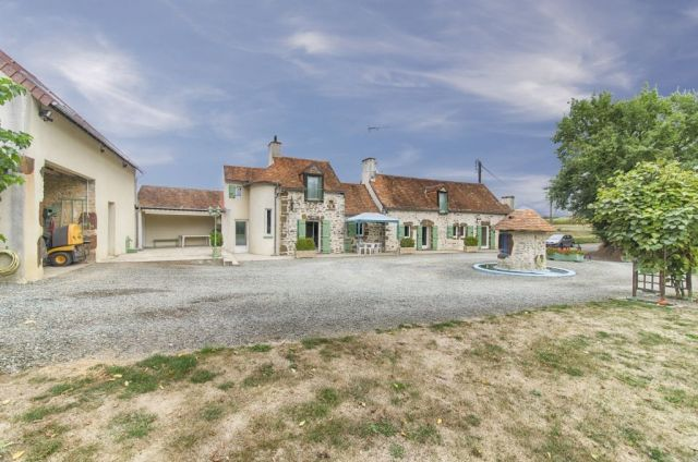 Maison à vendre sur Neuvy En Champagne