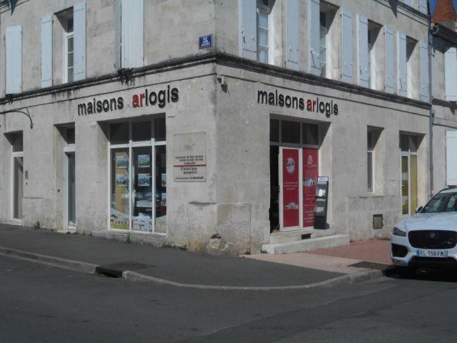 Local commercial à vendre sur Rochefort