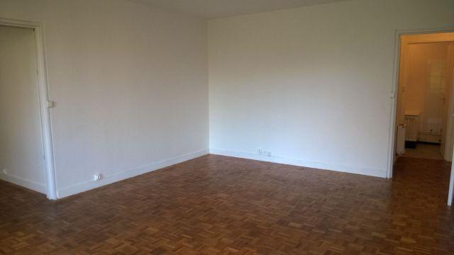 Appartement à louer sur Ballainvilliers Longjum.