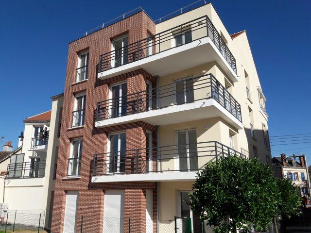 location appartement chartres 28000 foncia. Black Bedroom Furniture Sets. Home Design Ideas