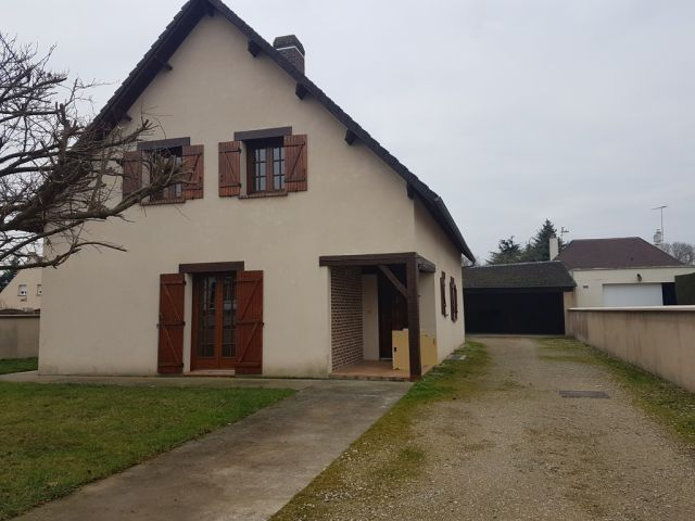 Location Appartement Leves