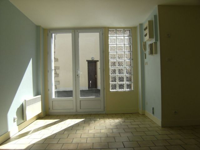 Appartement à louer sur Dampierre En Burly
