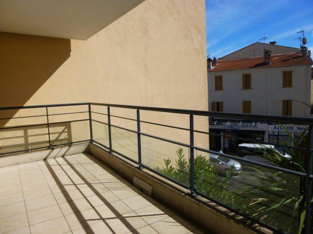 Appartement à louer sur Cagnes / Mer