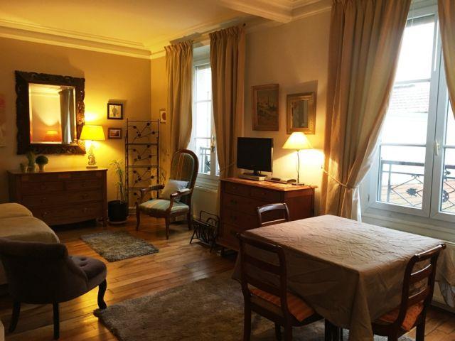 location appartement meubl paris 12 me 75012 foncia. Black Bedroom Furniture Sets. Home Design Ideas