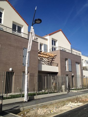 Location immobili re villecresnes 94440 foncia for Piscine villecresnes