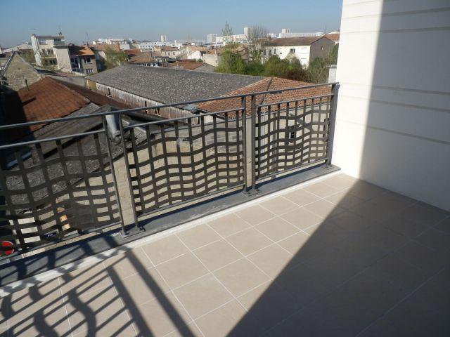 Location appartement bordeaux 33 foncia for Recherche appartement a louer bordeaux