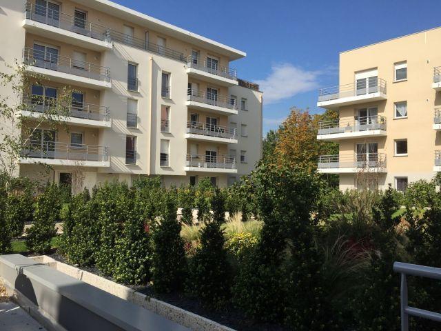 Location immobili re le grand quevilly 76120 foncia for Piscine grand quevilly
