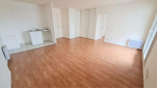 location appartement avec parking garage box melun