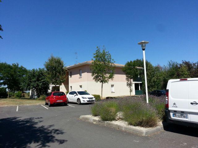Appartement à louer sur Saint-quentin De Baron
