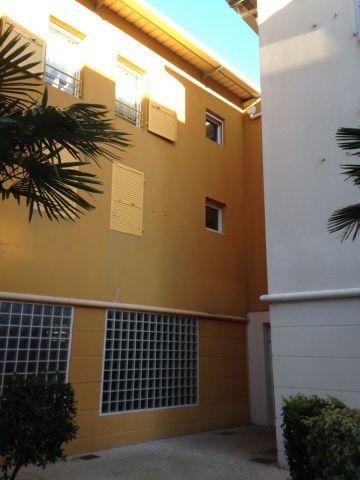 appartement à louer sur port saint louis du rhon