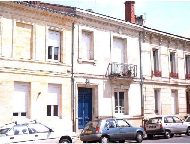 Location appartement bordeaux 33 foncia for Location appartement proche bordeaux