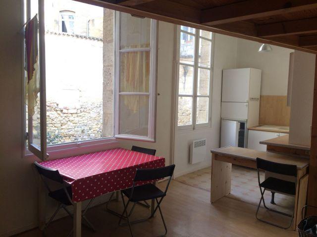Location appartement bordeaux 33 foncia for Bordeaux location studio